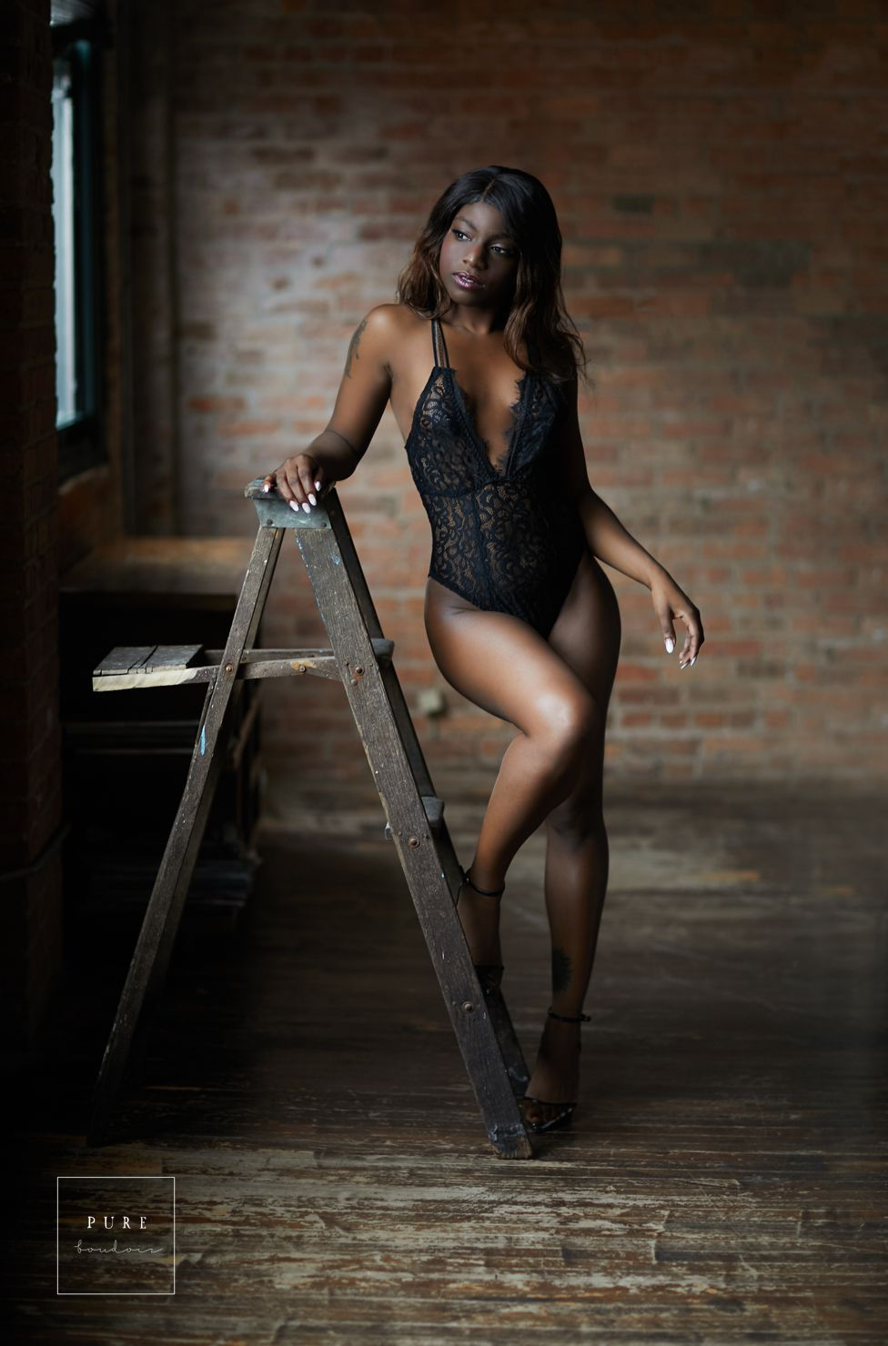 sensual boudoir chicago lingerie - How to Find the Right Fit - Chicago Boudoir Photography