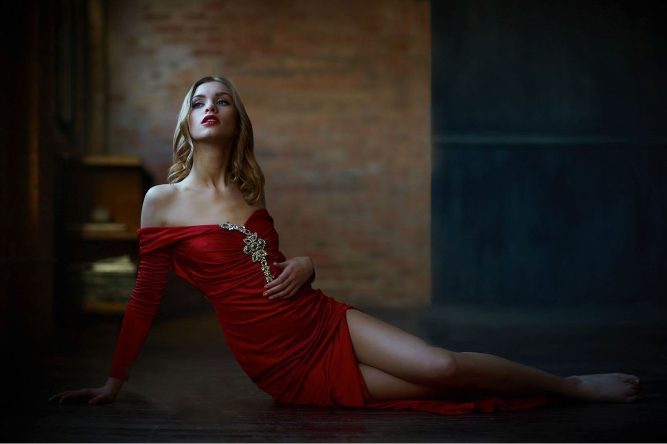 elegant classy chicago boudoir photography - Outfit Ideas for a Boudoir Session