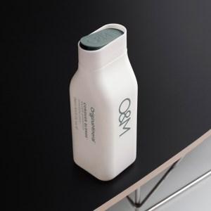 Conquer Blonde shampoo bottle