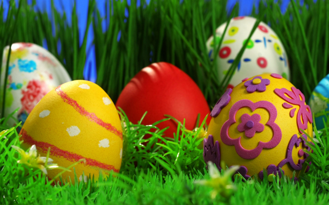 easter-eggs-grass