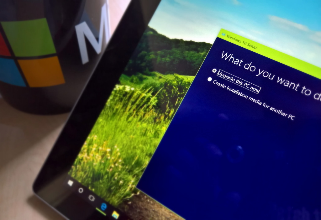 Windows 10 Anniversary Update download and install