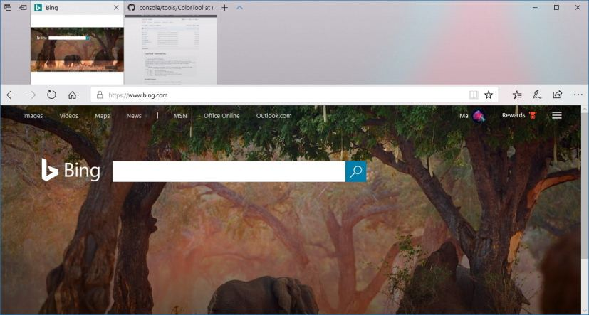 Microsoft Edge with Acrylic (Fluent Design)