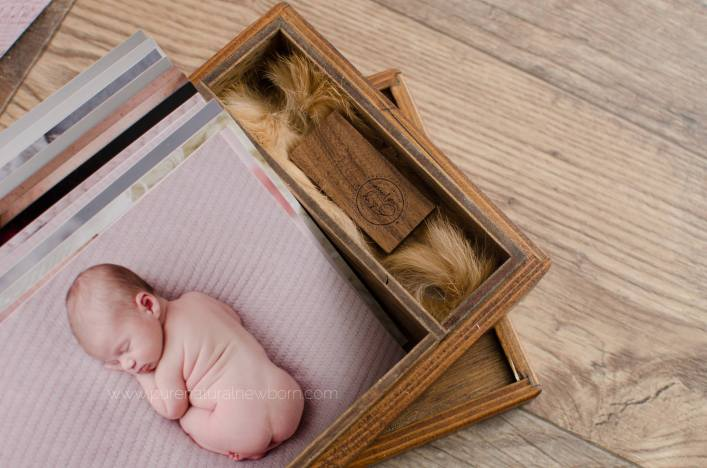 ottawa-newborn-photographer-print-product-wood-artisan-photo-box-usb