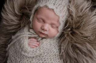 swaddled baby mohair wrap bonnet fur gatineau ottawa newborn photographer