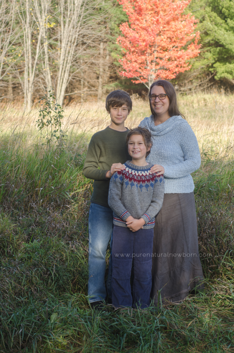Debora Rodrigues Family Photos Ottawa Photographer Babywearing in Canada
