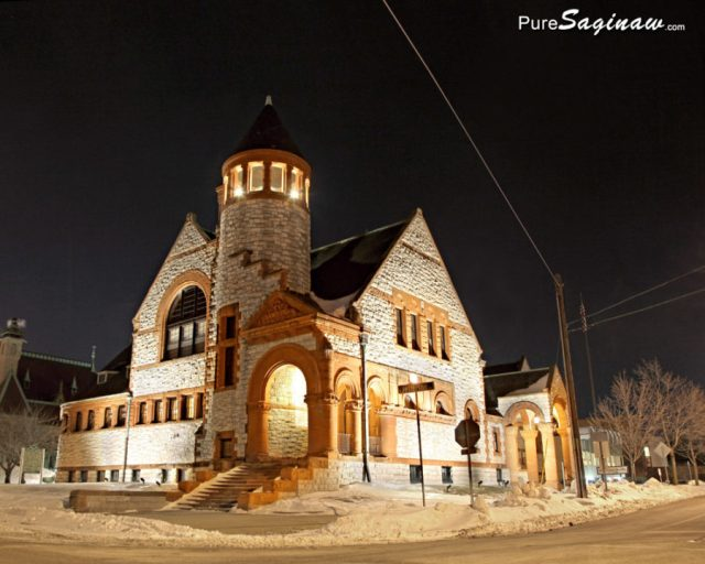 hoyt-library-at-night-f