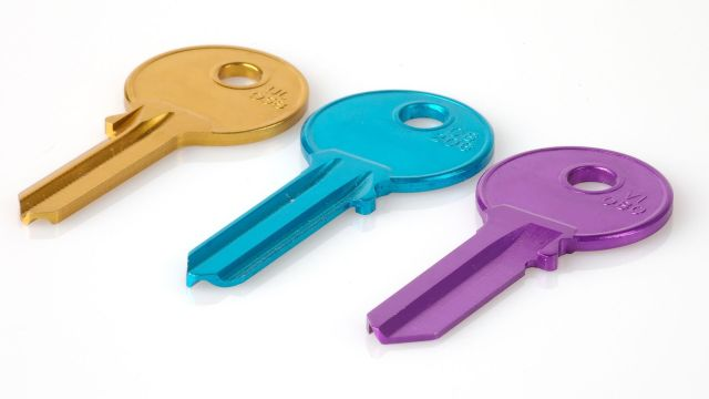 Three different-coloured keys.