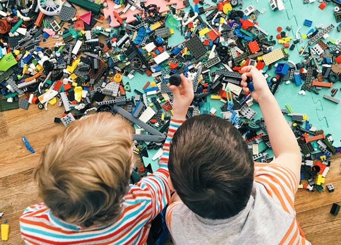 declutter legos