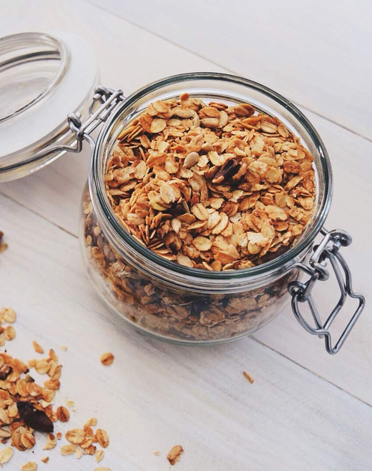 granola in mason jar