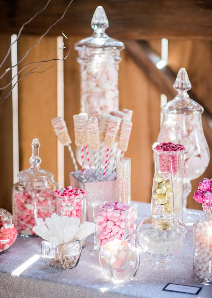 candy bar wedding trend 728