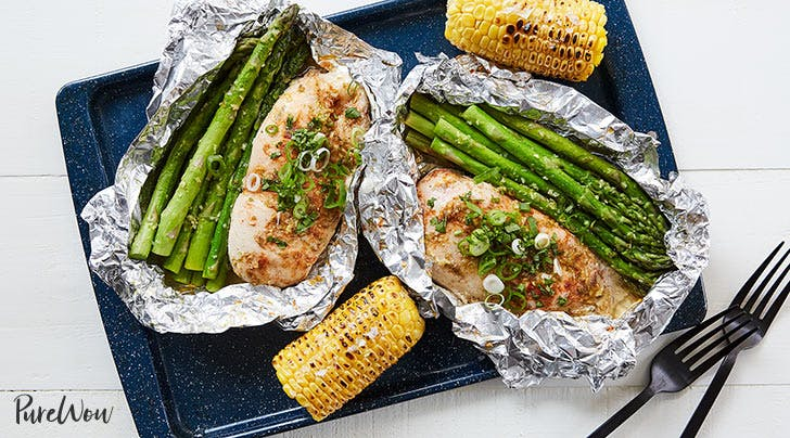 chicken and veggies in foil 404