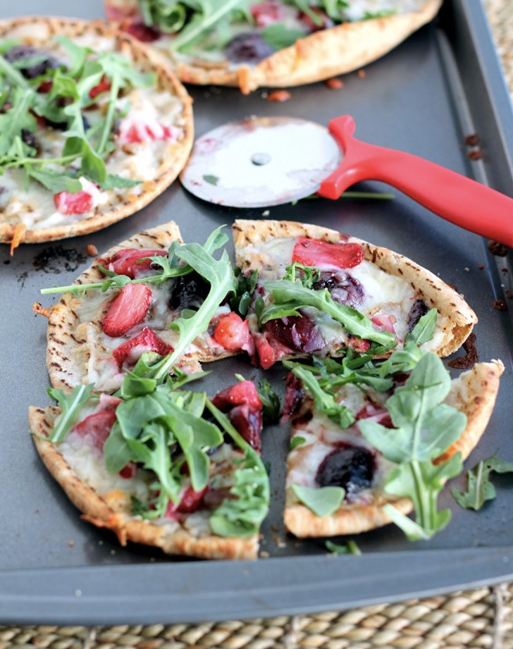 roasted balsamic strawberry cherry pita pizzas with arugula recipe