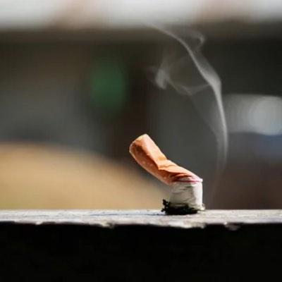 purificateur d'air professionnel AeraMax Pro pour filtrer fumée de cigarette