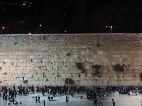 An der Klagemauer bei Nacht