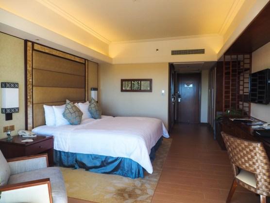 Zimmer im Hauptflügel des Strand von Shangri-La's Mactan