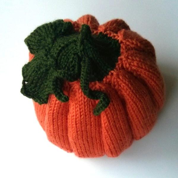 knitted pumpkin hat