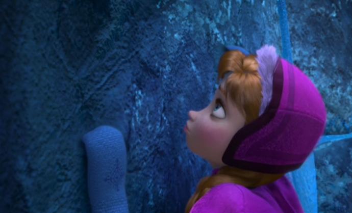 Anna's Snowflake Mittens Frozen Screenshot Anna climbs cliff