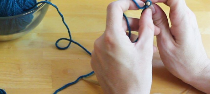 Knitting Tension, How to Hold Yarn