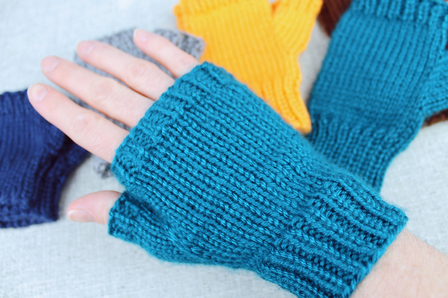 Fingerless Gloves Knitting Pattern Circular Needles Interesting Inspiration