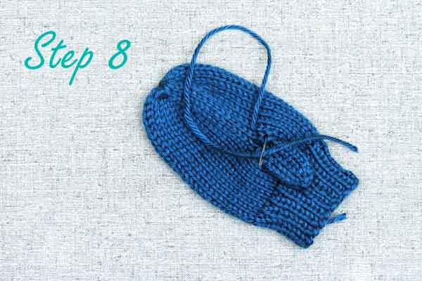 Use duplicate stitch to close the gap at the base of mitten thumbs, knitting tips from Liz @PurlsAndPixels