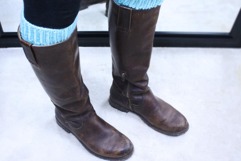 Simple Leg Warmer Knitting Pattern - PurlsAndPixels