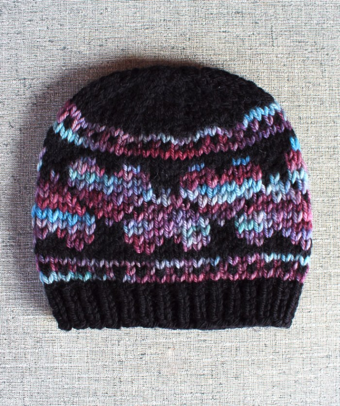 Hearts hat knitting pattern from Liz @PurlsAndPixels