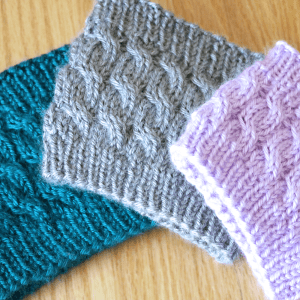 Twisty cable knit headband knitting pattern by Liz @PurlsAndPixels