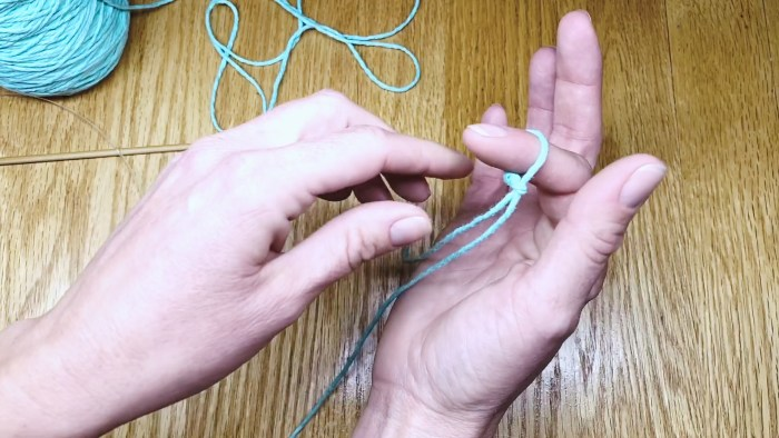 Learn to make a slip knot step eight.