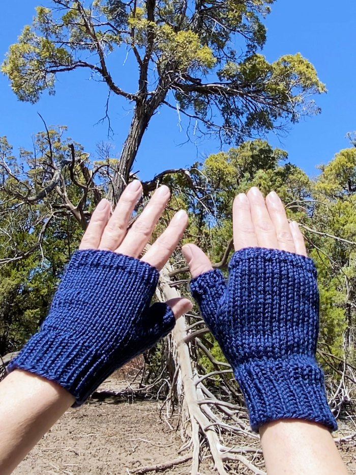 Why check knitting gauge? If you don't your finished object may be too big or too small. Learn about gauge in knitting with Liz @PurlsAndPixels.