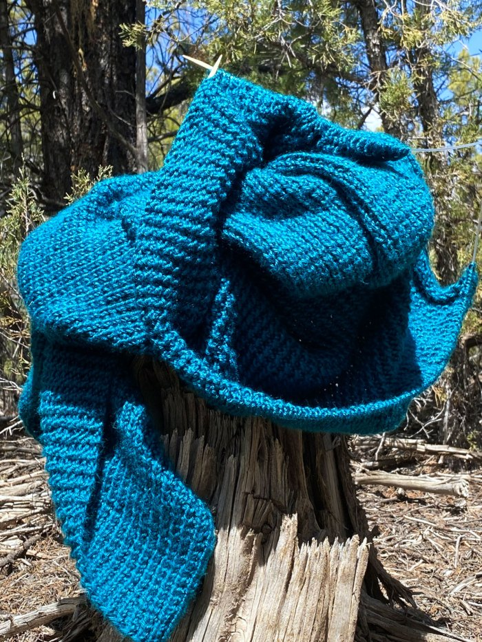 Free Rice Stitch Baby Blanket Knitting Pattern by Liz Chandler @PurlsAndPixels.