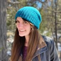 Liz Chandler designer of PurlsAndPixels.