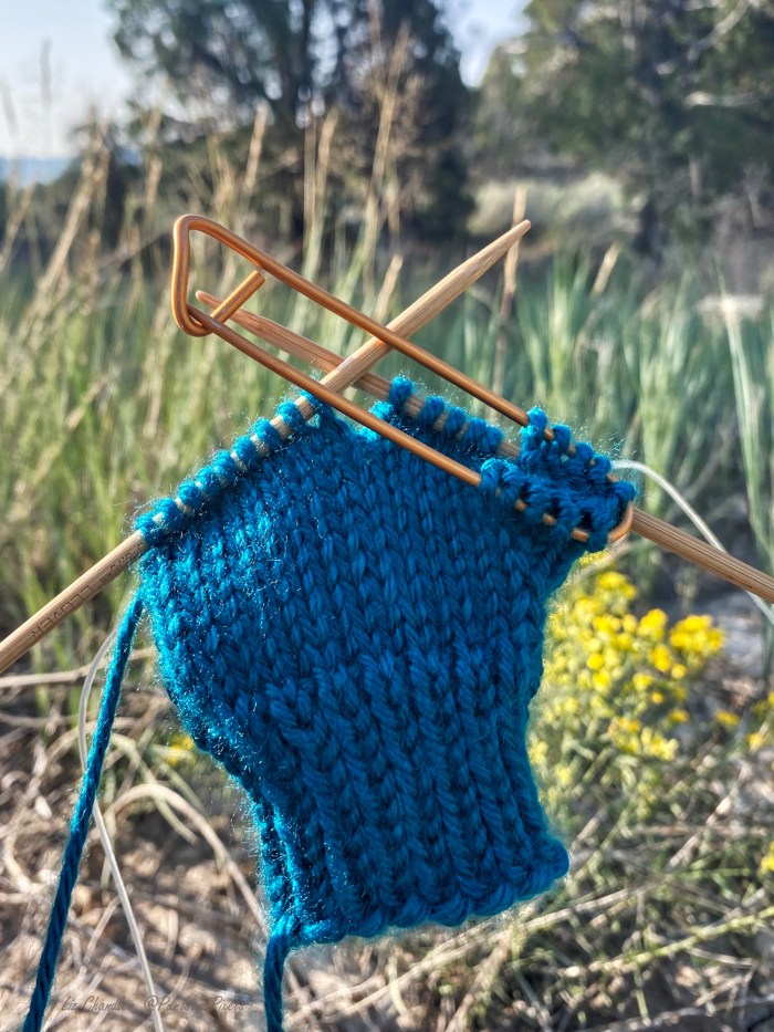 How to slip stitches onto a stitch holder a knitting lesson with Liz Chandler @PurlsAndPixels.