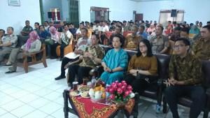 Sri Paduka Mangkunegoro IX dan GKP Mangkunegoro IX beserta putra putri