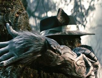 Johnny Depp sendo um ridículo como Lobo Mau em imagem de Into the Woods