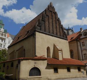 Sinagoga Vieja Nueva de Praga, donde se encontraría encerrado el Golem.
