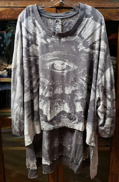 MAgnolia PEarl Oversized Hi Lo Freedom of Conscience Francis Pullover Top 765