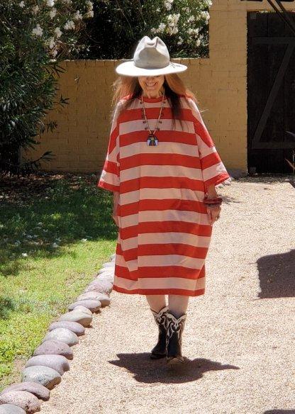 Veritecoeur VCC-370 Pink/Red Dress
