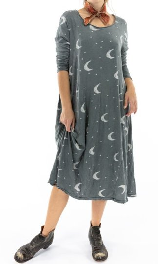 Magnolia Pearl Crescent Moon and Stars Dylan T Dress 705 Ozzy