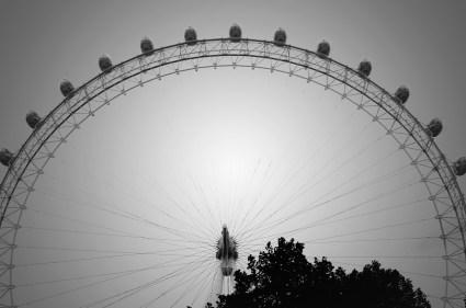 London eye bw_change_sm