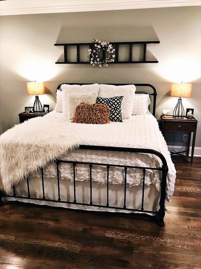 farmhouse master bedroom - Farmhouse Master Bedroom