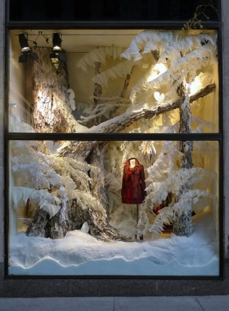 Christmas-Storefront-Window-Decorating-Ideas88