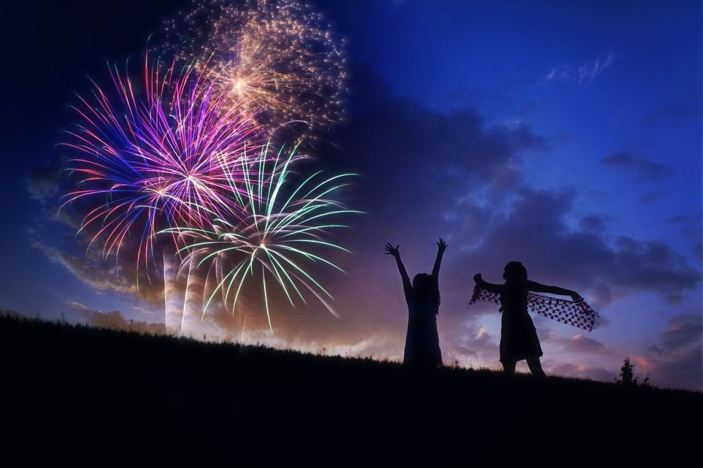 5 Places To See Fireworks Nearby - Frederick, Baltimore, Washington D.C., Gettysburg, and NoVA