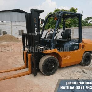 Forklift 3.5 ton Toyota Bekas