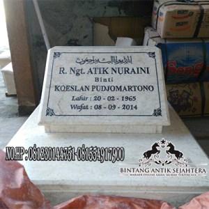Nisan Kotak Marmer
