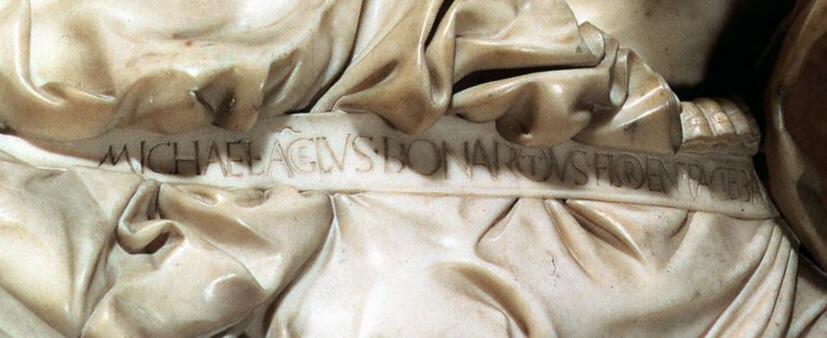 Michelangelo' nun pietası Vatikan'da görülebilir