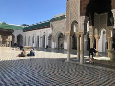 Fes'teki tüm camiler ince işçiliklerle bezeli