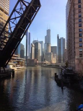 La Chicago River