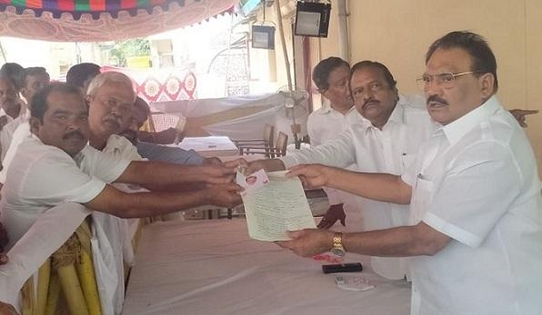 திமுகவில் ராசிபுரம் தொகுதிக்கு முதல் விருப்ப மனு தாக்கல்!