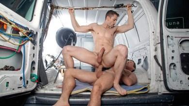 Photo of Zack & Jack Make a Porno – Quin Quire sentando na pirocona de Pierce Paris