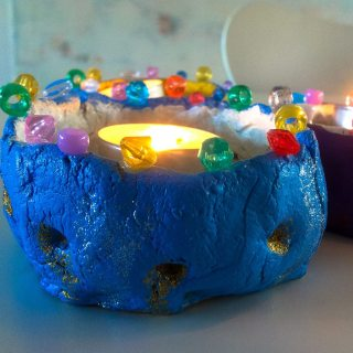Make your own candlelight holder